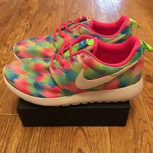 NIKE ROSHE ONE PRINT YOUTH Shoes Sneakers NEW